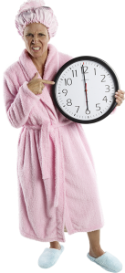 PKO_0010650 pink robe clock